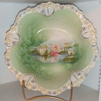 RS Prussia Reflecting water lillies berry bowl - China and Dinnerware