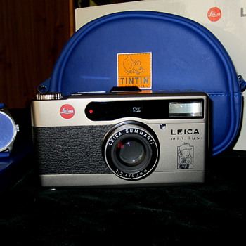  Leica Minilux TINTIN kit.