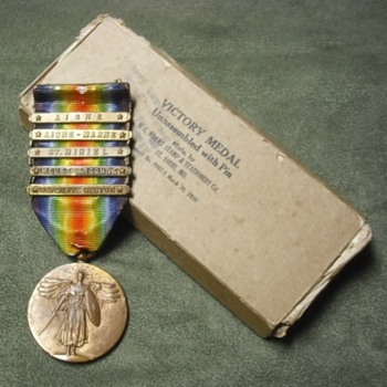 WWI US Victory Medal for 2nd Division with box