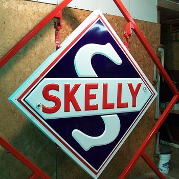 Skelly Neon Sign