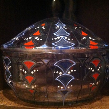 Large nicely enamelled Art Deco powder bowl