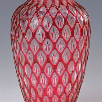 Loetz Imperial Red Ausfhurung 119 (1911). - Art Glass