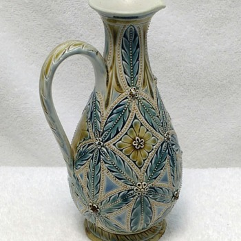 DOULTON LAMBETH PITCHER