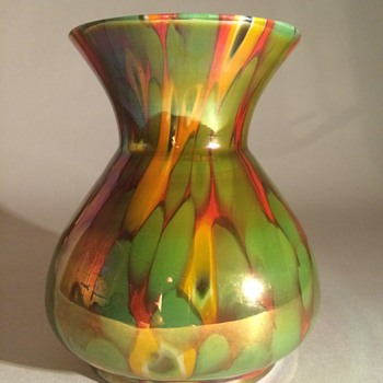 Kralik Spatter and Millefiori Vase
