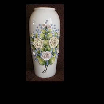 Very beautiful, decorative vase 265 mm - Art Pottery