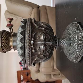Cast iron oil lamp need help