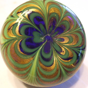 "Barovier and Toso ""Pulled Feather"" Paperweight- 1950's Venetian Glass"
