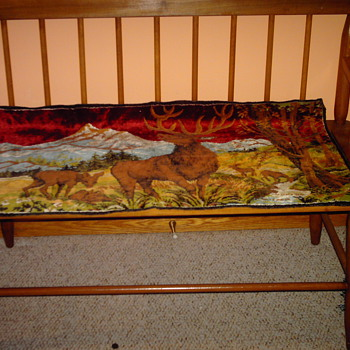Deer family and mountain scenery tapestry - Sewing