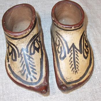 Antique Miniature Moccasins art pottery - Pottery