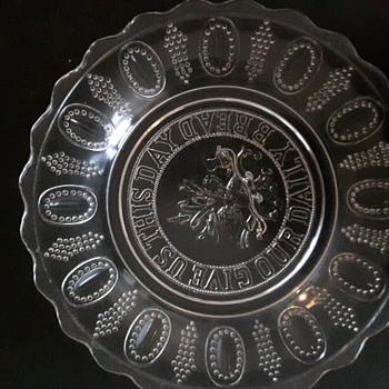 EAPG Bread Platter