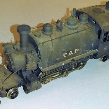 HO scale model trians