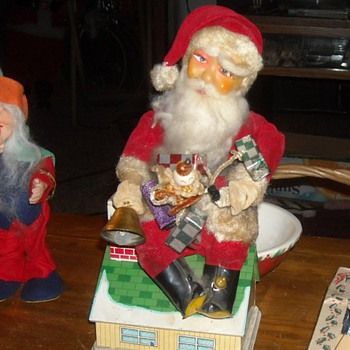 Battery and Coin Operated Santa Bank - Christmas
