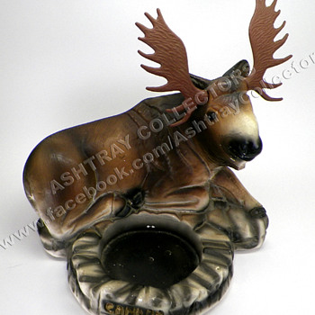 "9"" Chalkware Moose Ashtray"