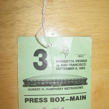 Ticket stub from Jerry Rice's 1st game - Football
