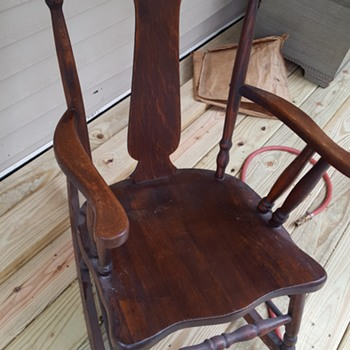 T back Rocking Chair. - Furniture