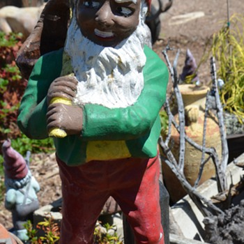 Wonderful Large and Old African American Gnome!! - Figurines