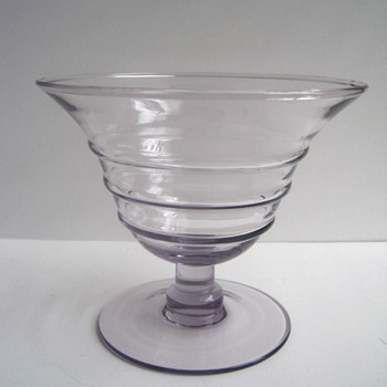 "Unknown maker's mark on glass bowl - Signed ""PH"" - Glassware"