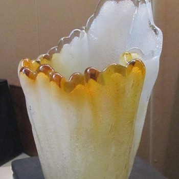 tiny bubbles in glass vase  - Art Glass