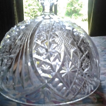 domed cheese or butter dish - Glassware