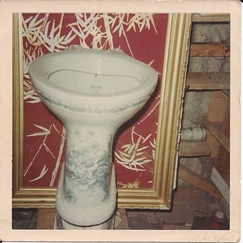 Toilet - Pottery