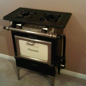 "Antique ""Moderne"" Gas Range"