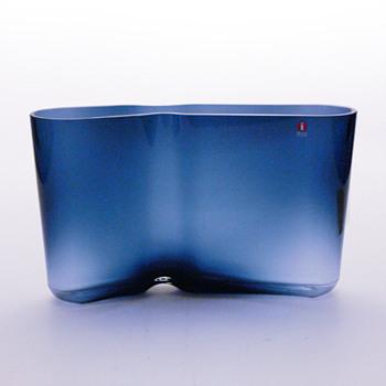 MUOTKA vase, Harri Koskinen (Iittala, 2001) - Art Glass