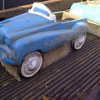 2 Concrete Pedal Car found in Kansas any info????? - Model Cars