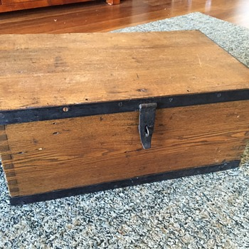 H.Herrmann 1900 - Trunk - Furniture