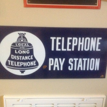 Pay Station telephone sign