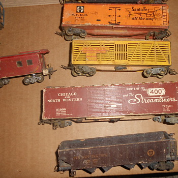 Vintage Cardboard or wooden trains - Model Trains
