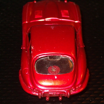 H.O. SCALE TYCO S SERIES CANDY PAINTED JAGUAR