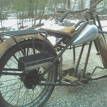 Do you know what year and model this SIMPLEX Motorycle frame is? - Motorcycles