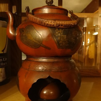 teapot handed down threw family
