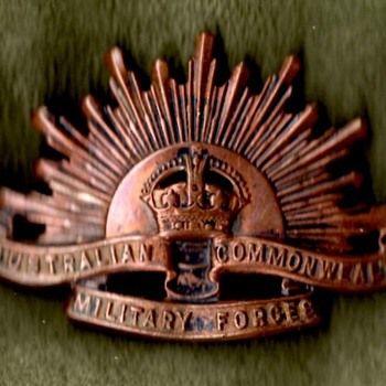 Australian and New Zealand Badges - Military and Wartime