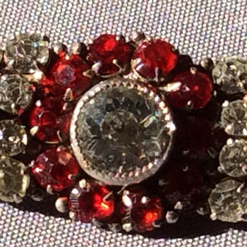 Antique brooch - Costume Jewelry