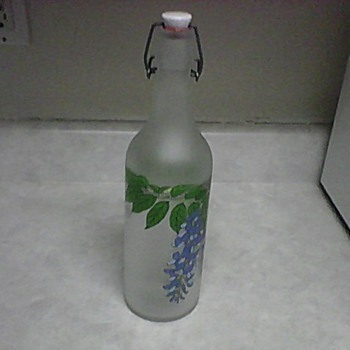 FROSTED LIGHTNING BOTTLE