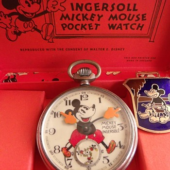 For Wandlessfairy......1933/34 UK variant Mickey Pocket watch - Wristwatches