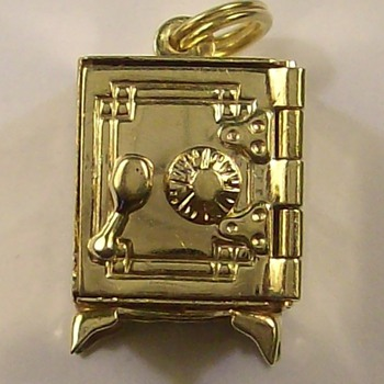 Old 14k Gold Safe with Working Dial - Fine Jewelry