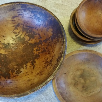 Munising Bowls 1930's to 1940's