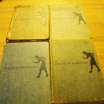 Blue Nancy Drew Mystery books