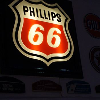 Phillips 66 sign - Petroliana