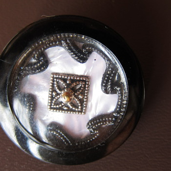 Vintage Button - Sewing