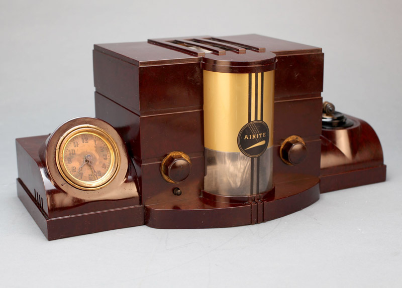airite model 3010 desk set bakelite tube radio collectors weekly. Black Bedroom Furniture Sets. Home Design Ideas