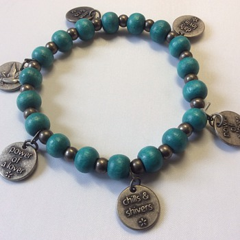 Love token bracelet