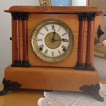 Grandmother's mantle clock - Clocks