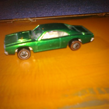 Hot Wheels Custom Charger...