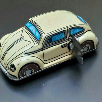 Vintage Tin Wind Up Tin Toy Cars