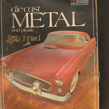 Model Kit for 1956 T-Bird (Metal) - Classic Cars