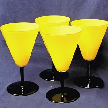 HARRACHOV / LOETZ WINE GLASS SET - Art Glass