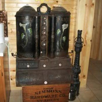 1890s Portable Pantry